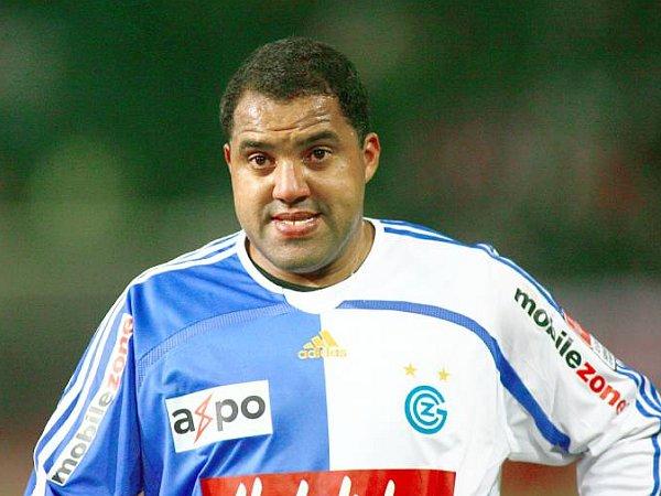В «Аяксе» дебютировал вратарь весом 110 кг